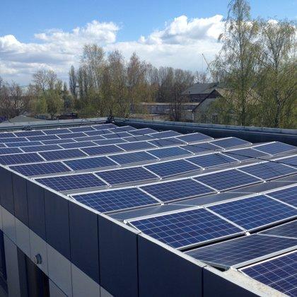 Ražošanas ēka Rīgā 34kw saules elektrostacija 2017 gads Solaredge sistēma